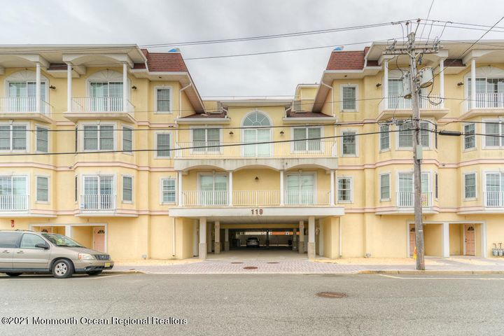 119 Dupont Avenue, 2, Seaside Heights, NJ 08751