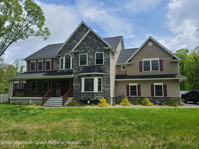 217 Old Mill Road, Freehold, NJ 07728