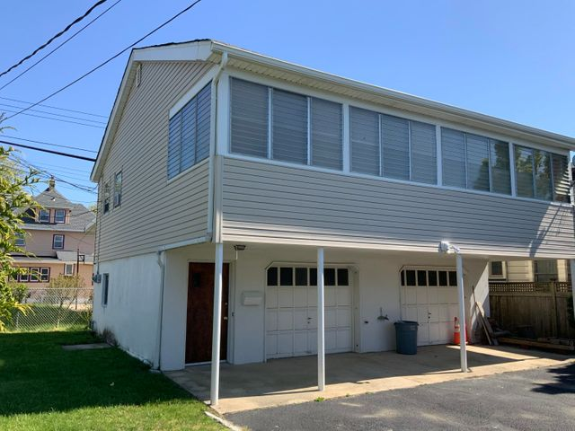 tenant has use of left side of garage only.