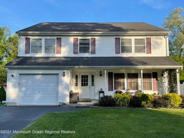 9 Bank Street Aberdeen, NJ - $545,000