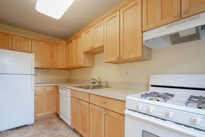 Kitchen with lots storage