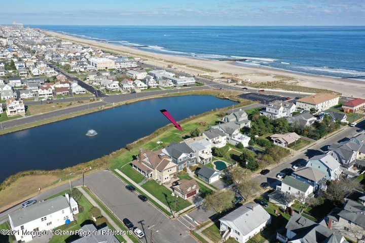 44 E End Avenue, 2, Avon-by-the-sea, NJ 07717