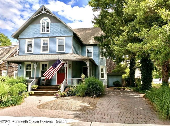 Large Victorian Home in Bay Head