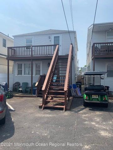 219 Hamilton Avenue, 2B, Seaside Heights, NJ 08751