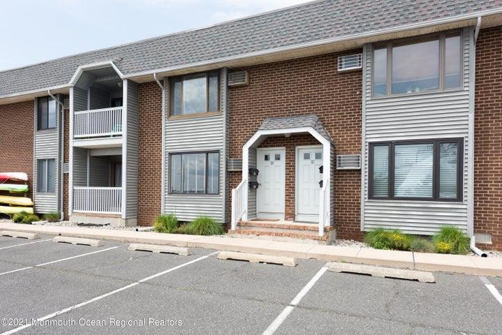 1382 Ocean Avenue, B18, Sea Bright, NJ 07760