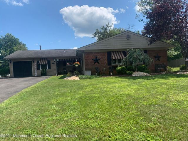 Beautiful updated Ranch in Monmouth Heights.