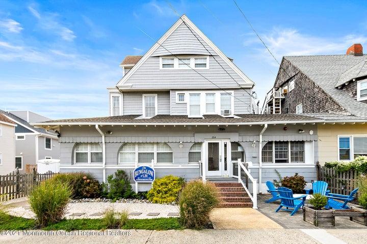 204 S Atlantic Avenue, 301, Beach Haven, NJ 08008