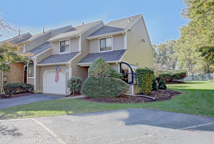646 Ridgeview Court, 24D, Toms River, NJ 08753