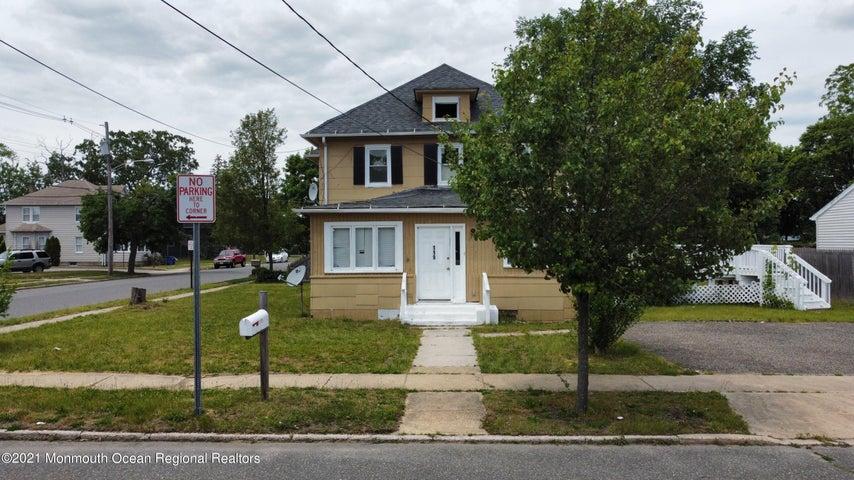 119 Pine Street, Lakehurst, NJ 08733
