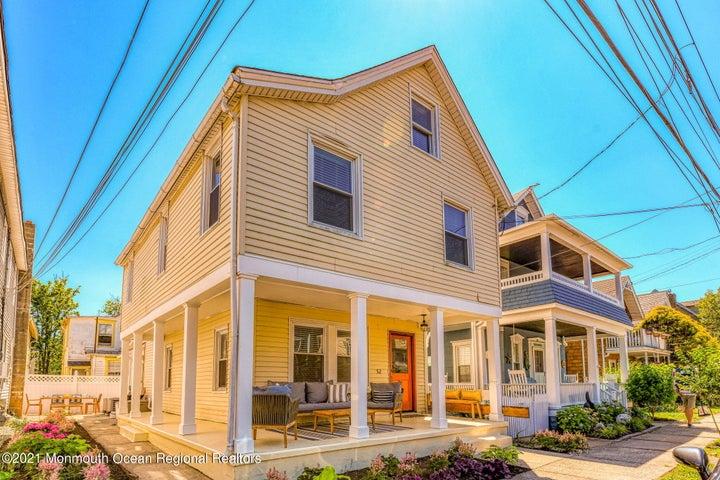 52 Embury Avenue, Ocean Grove, NJ 07756