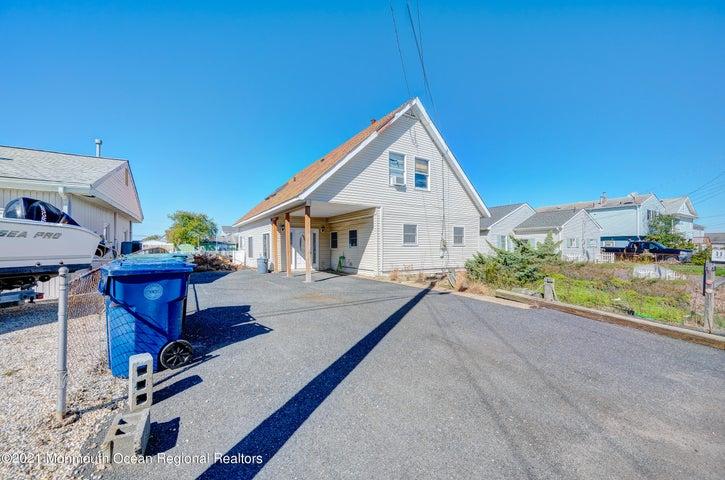 117 N Ensign Drive, Little Egg Harbor, NJ 08087