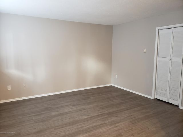 Newly renovated apartment in the NE section of Asbury Park. Spacious one bedroom, stainless steel appliances, granite counter tops, coin op laundry in basement, and four blocks to the beach.