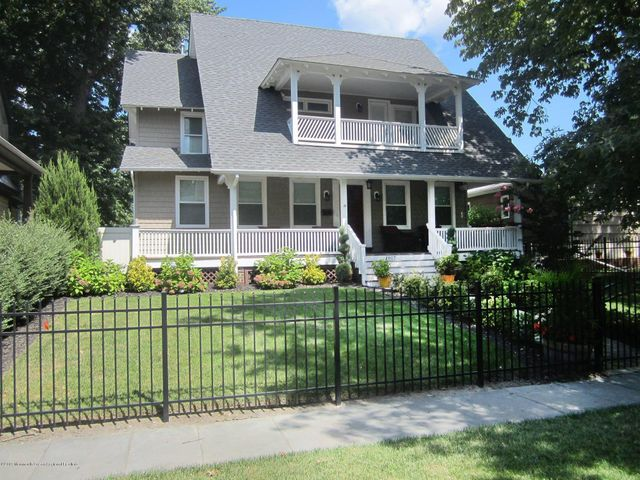 Spacious beautifully appointed home in the quiet northwest section of Asbury. Huge gourmet kitchen features quartz counter tops, wine cooler and 5 burner gas range. Completely updated with a large living and dining room perfect for entertaining. Wired for Sonos sound system thru out the house. Brand new mahogany front porch with lots of space to enjoy the cool breezes. Upstairs porch off the master perfect for morning coffee. Fenced in back yard with a large deck. Garage access from a private back lane. 2nd floor laundry included. With 5 bedrooms and 3 and a half baths ( 2 on-suite), there's plenty of room for everyone. Perfect vacation getaway or year round home.