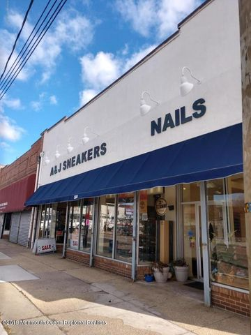 Prime Main Street retail location close to Cookman Avenue shops and restaurants. Diagonal from NJ Transit Train station. Large 2,775 sf 1st floor priced at $18 sf. Additional loft 1,400 sf 2nd floor priced at $10 sf.  Located in the Main Street Redevelopment Area.
