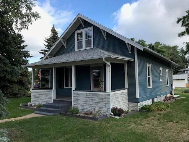 502 S 4th St, Alpena, SD 57312
