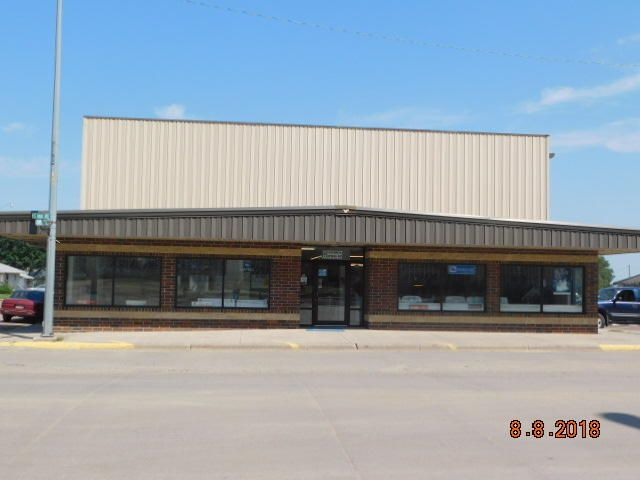 300 S Main Ave, Wagner, SD 57380