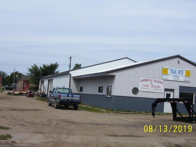 807 Braddock St, Armour, SD 57313