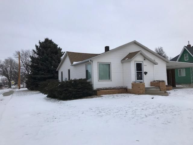 300 E 11th Ave., Mitchell, SD 57301