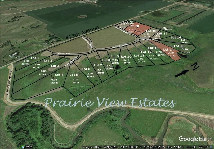 Deer Valley Cir, Mitchell, SD 57301