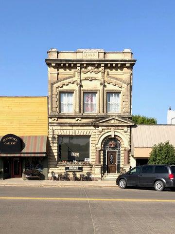 401 S Main St, Platte, SD 57369