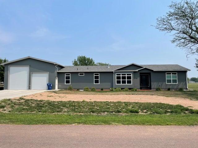309 Missouri Dr, Pickstown, SD 57367