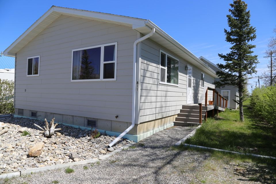 811 Montana Street, Valier, MT 59486