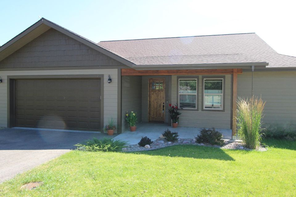 228 Bluebunch Court, Bigfork, MT 59911