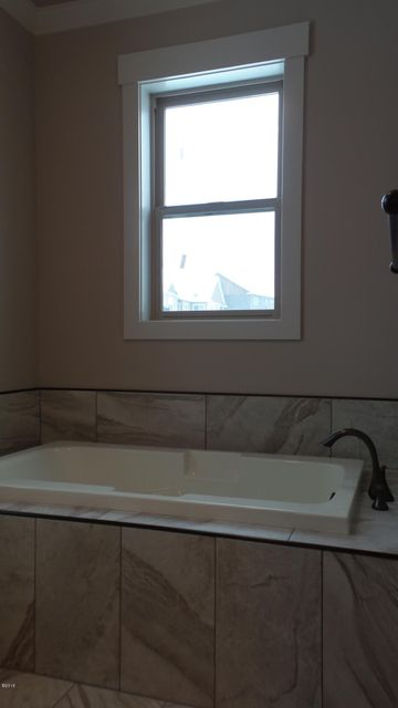 Property Image #10 for MLS #21802276