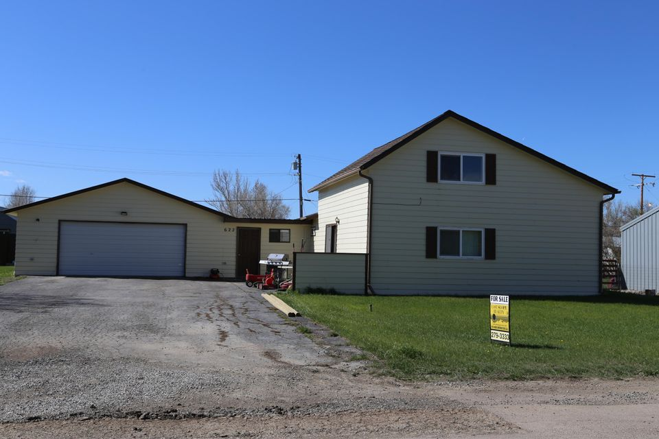 622 Illinois Avenue, Valier, MT 59486