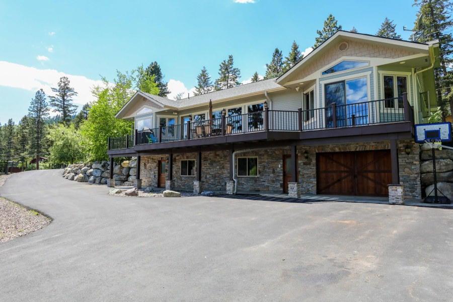 1096 Lakeside Boulevard, Lakeside, MT 59922