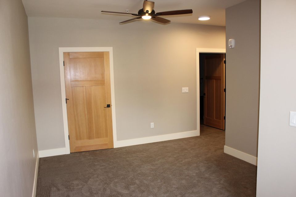 Property Image #22 for MLS #21806572