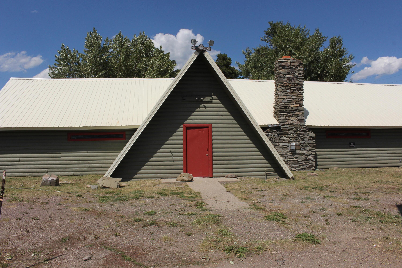 33 Dawson Avenue, East Glacier Park, MT 59434