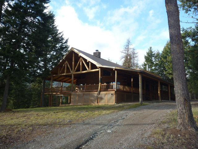 South Side of Lovely Log Home