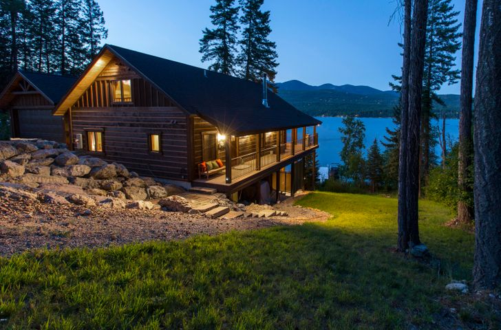 607 Lm Beach Lane, Whitefish, MT 59937