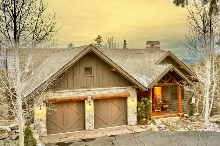 Stunning Montana Home Located Behind Private Gates.