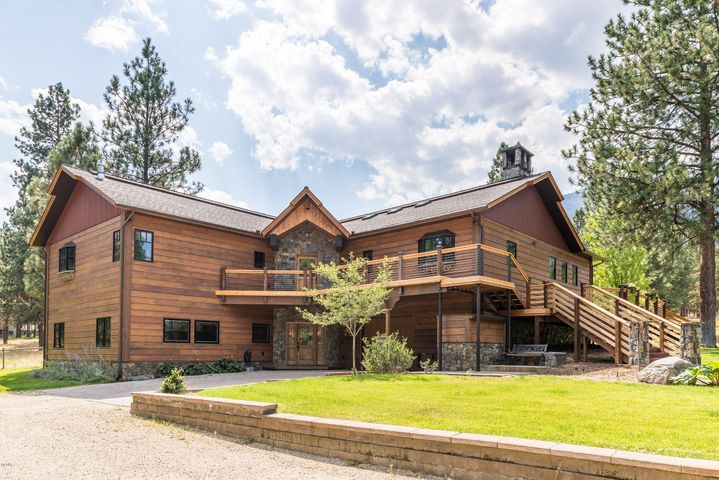305 Elk Meadow Road, Hamilton, MT 59840