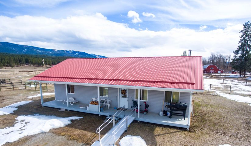 32550 Piney Meadows Lane, Huson, MT 59846