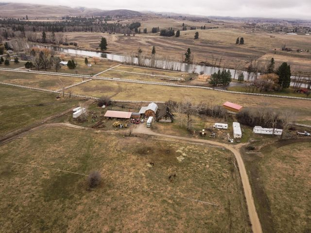 5730 Klements Lane, Florence, MT 59833