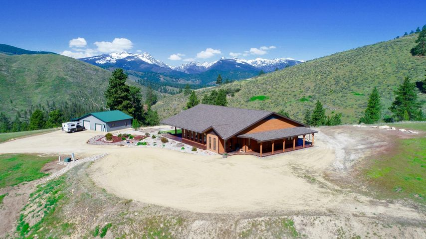 215 Critter Xing Trail, Conner, MT 59827