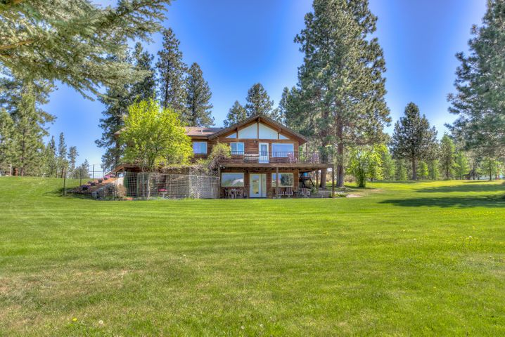 2313 Robin Lane, Victor, MT 59875
