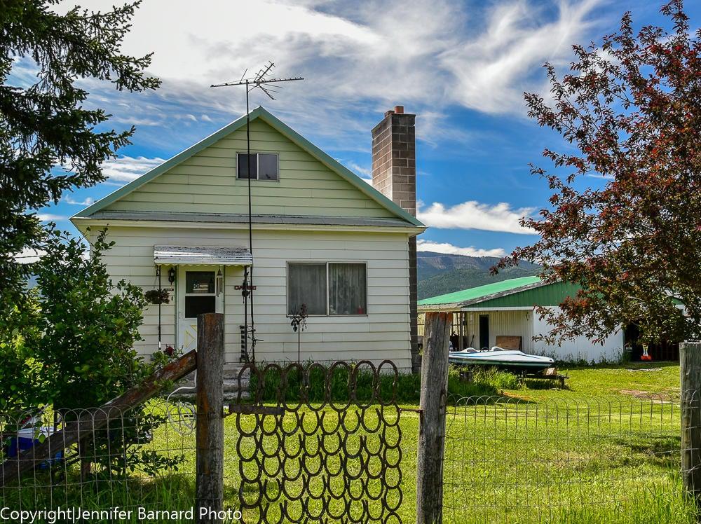 30083 Potomac Road, Bonner, MT 59823