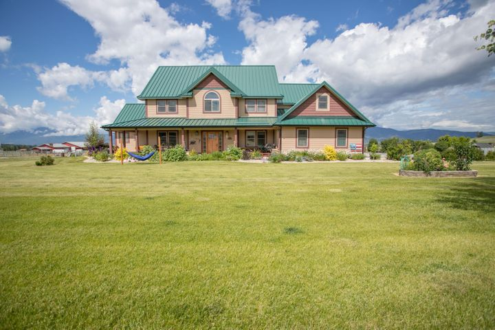 5643 Fairview Lane, Florence, MT 59833