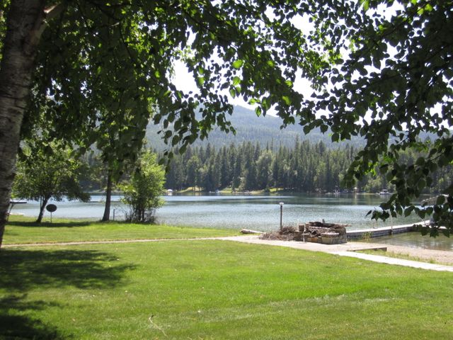 13541 Sunburst Drive, Bigfork, MT 59911