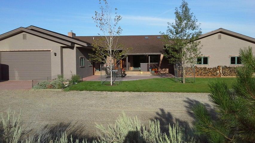 1336 Sapphire Ranch Trail, Corvallis, MT 59828