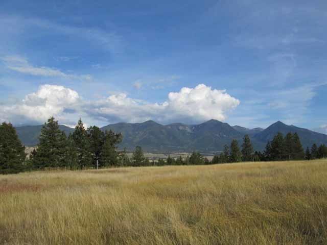 Nhn Sophie Lake Drive, Eureka, MT 59917