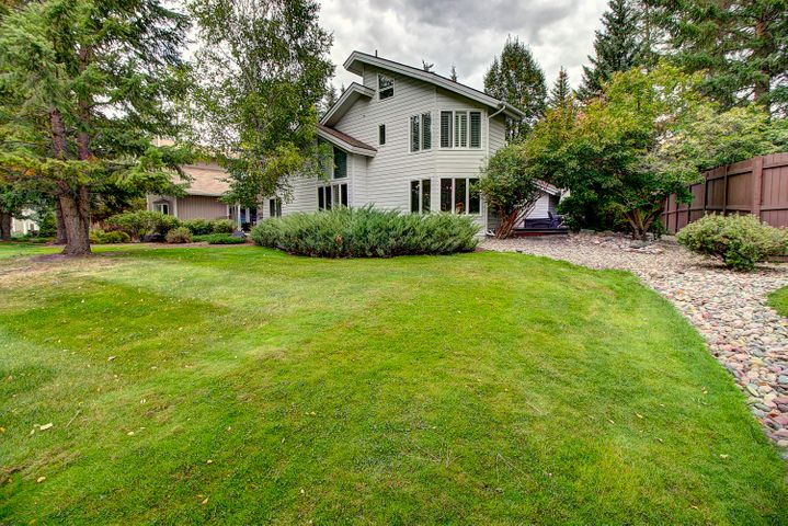 500 Saint Andrews Drive, Columbia Falls, MT 59912
