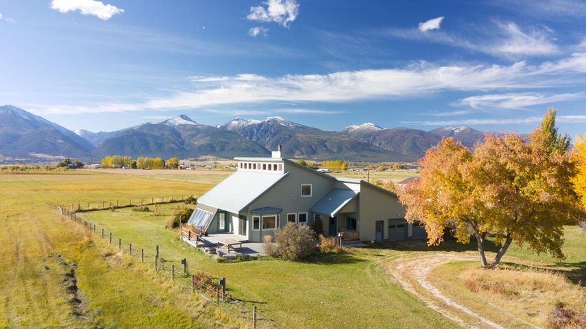 3919 Illinois Bench Rd, Stevensville, MT 59870
