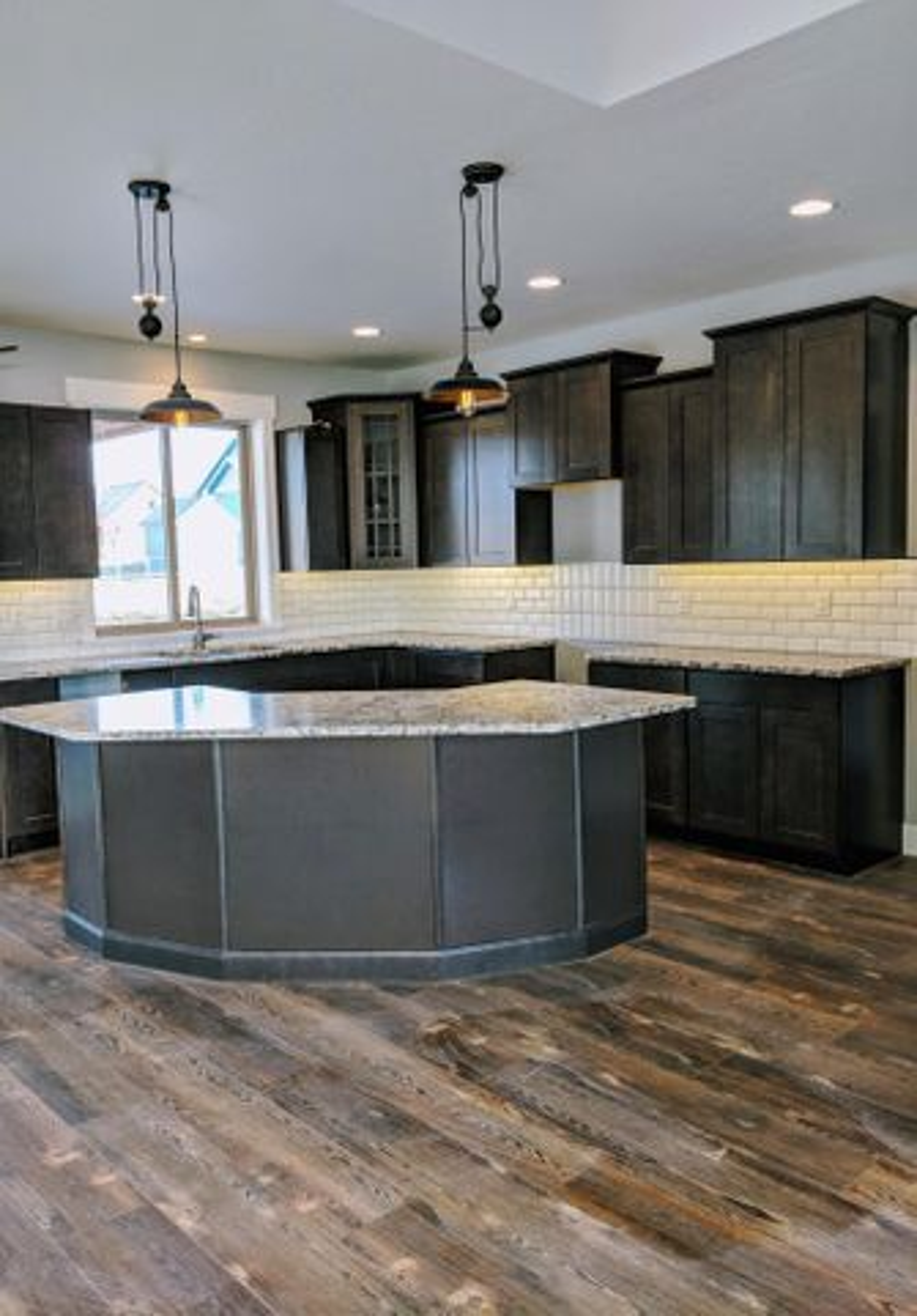 Spacious Kitchen $4,500 Appliance Allowance