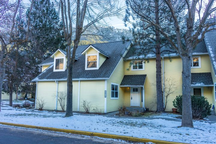 1915 East Broadway, Missoula, MT 59802