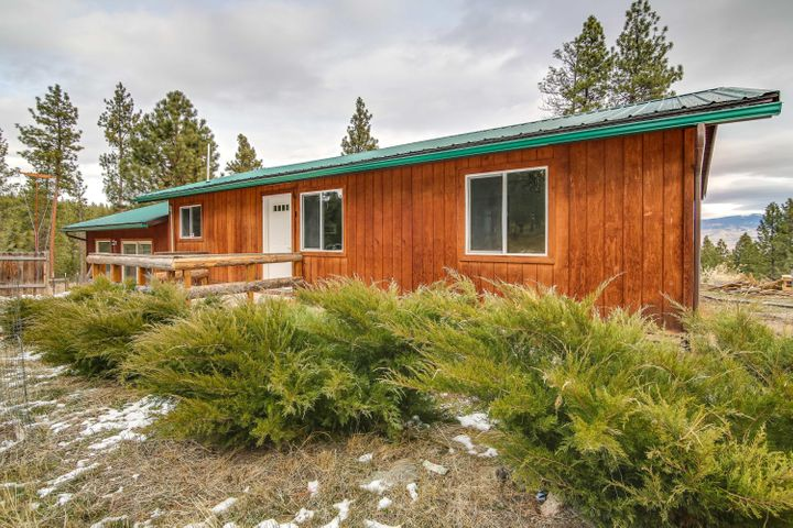711 Bourne Lane, Victor, MT 59875